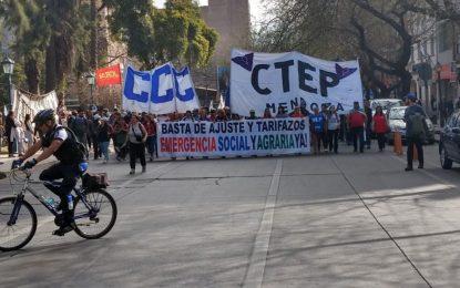 El Desayunador: organizaciones reclamaron medidas por la crisis, el gobierno busca «reperfilar» deuda